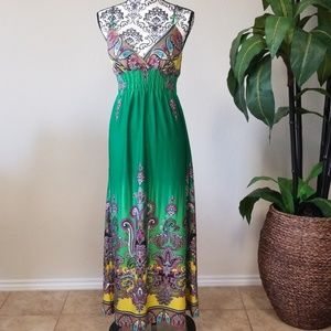 SHE'S COOL Maxi Dress